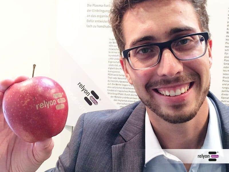 Relyon Plasma @ MedTech 2016 - The Apple
