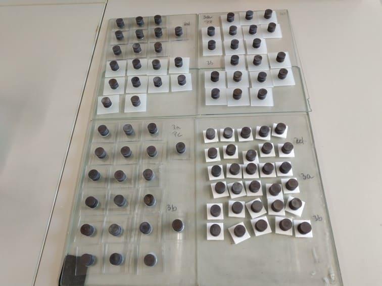 Haftungsuntersuchungen eines Klebeverbunds zwischen Kunststoff und Stahl mit Epoxidklebstoff