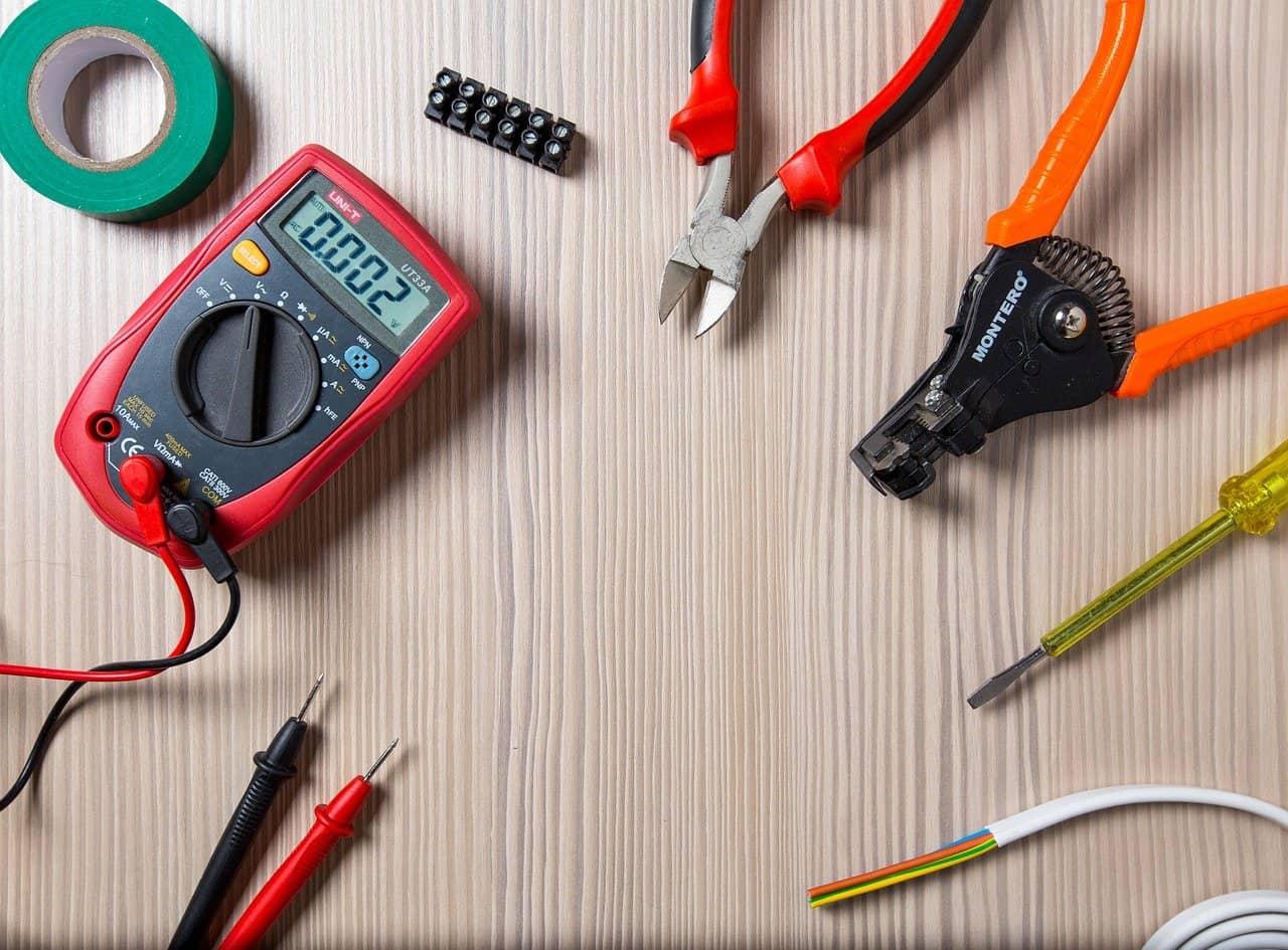 Industrie-Elektriker / Mechatroniker